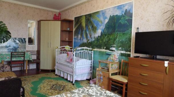Двухкомнатная квартира с видом на море и Медведь гору.