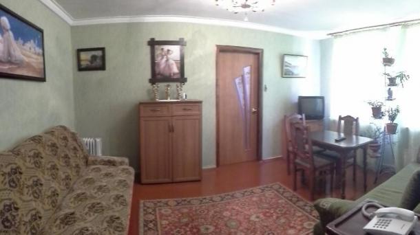 Двухкомнатная квартира на Строителей
